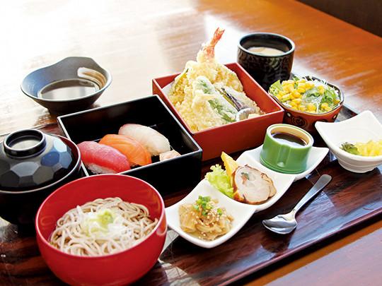 銚子港直送の新鮮なお刺身が食べられるお店。 最大30名様までのお座敷完備